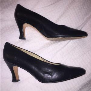 Evan Picone Leather heels Size 8.5